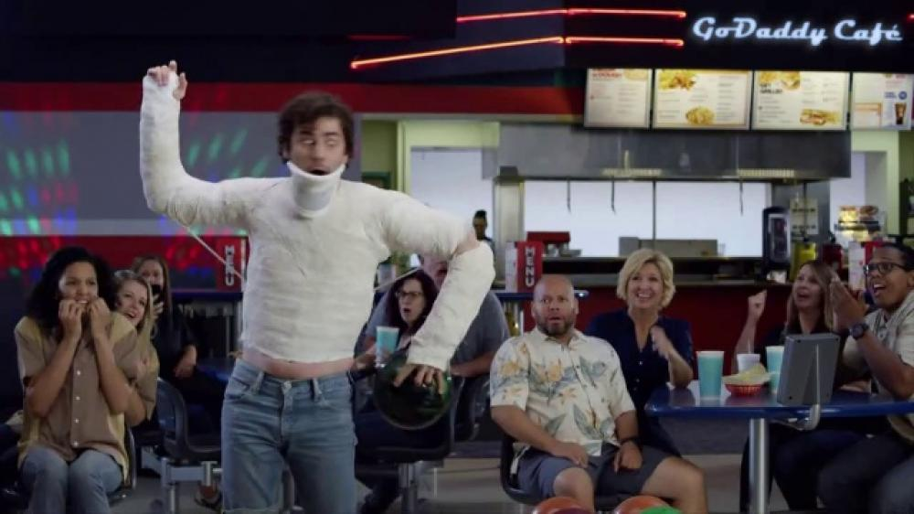 godaddy-armless-bowling-large-4